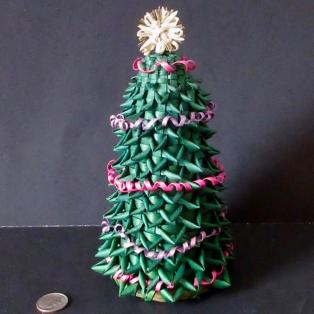 Christmas Tree Basket - dark background