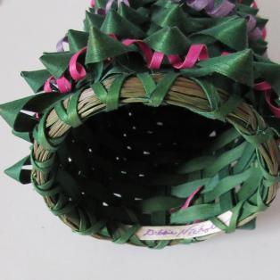 Christmas Tree Basket - signature