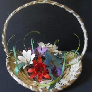 Flower basket, 13 flowers
