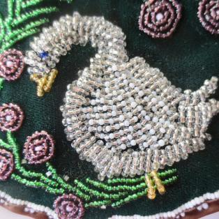 Iroquois Beaded Goose Bag - close up