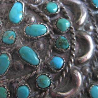 Vintage Zuni turquoise cluster pin close up